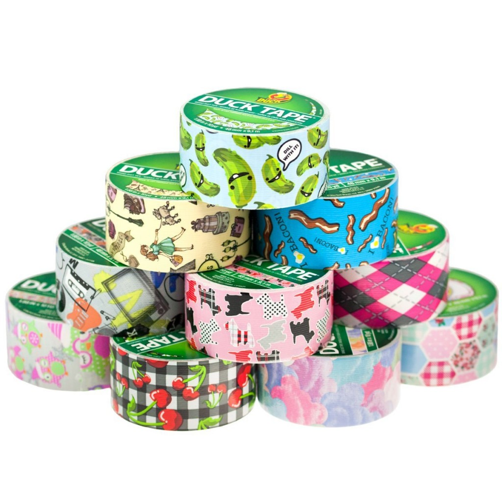 Here ais a fund duct tape craft for your troop to do for Girl Scout Founder's Day.