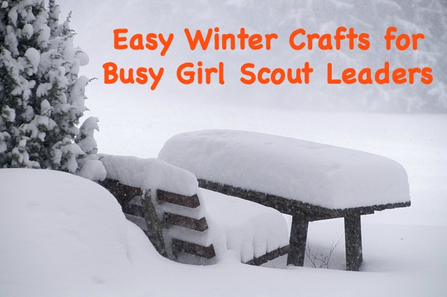 Here are some easy winter crafts for Girl Scout leaders to use during the busy December season. These are inclusive and can be done by all girls, regardless of what holiday they celebrate.