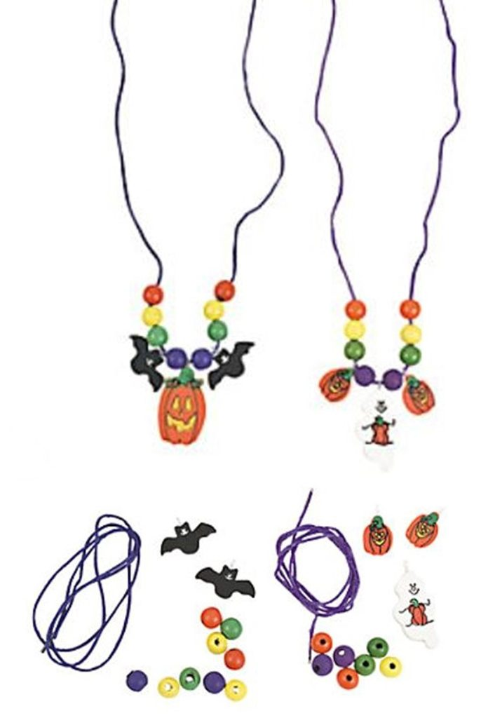 Easy Girl Scout craft for Halloween. Comes with 12