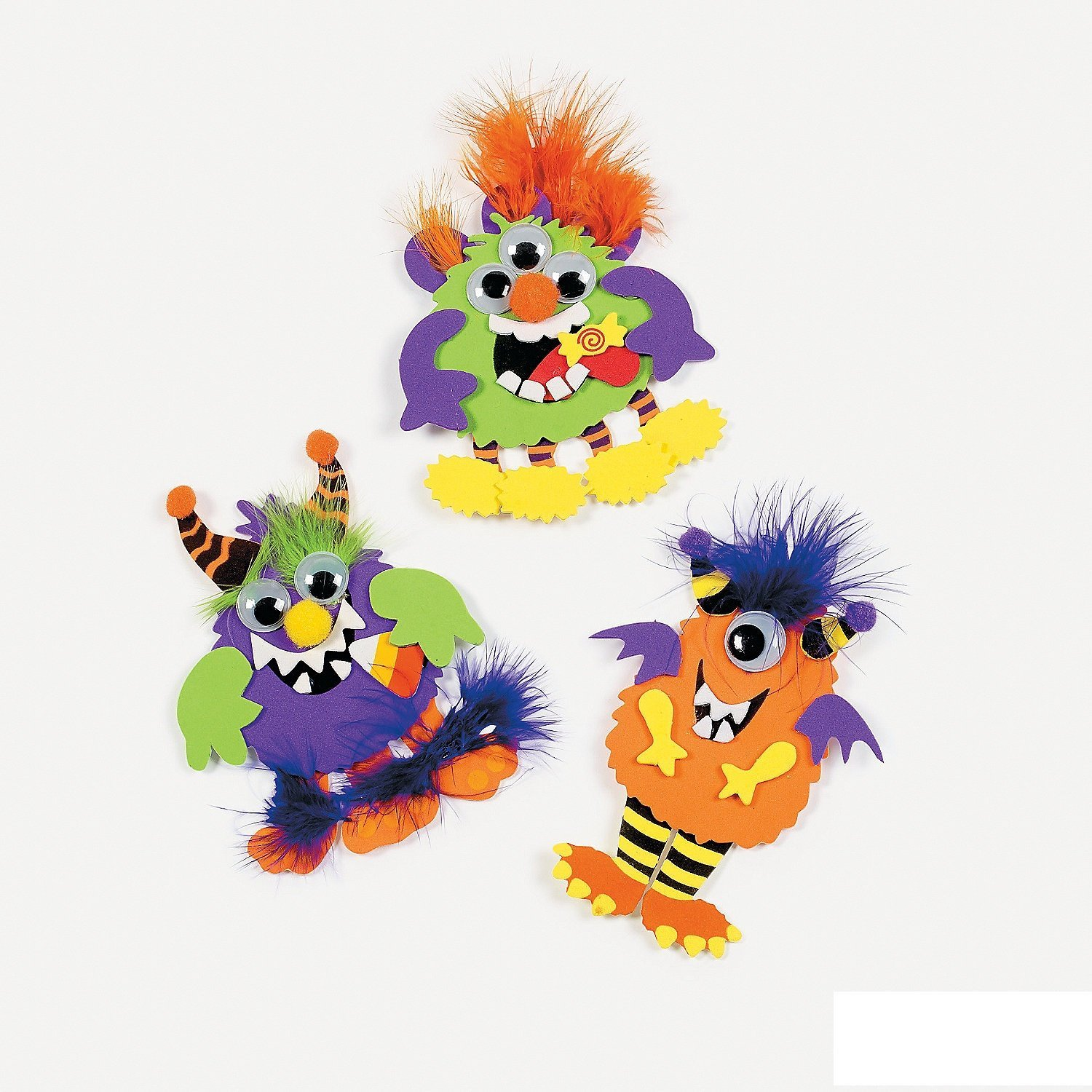 This Monster Magnet craft kit for Halloween comes with enough for 12 girls